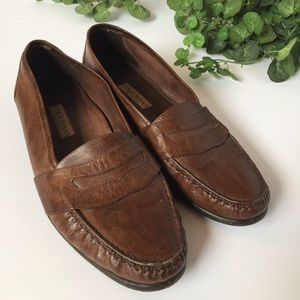 Cole Haan men's size 10 brown loafers